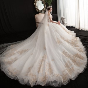 A-Line/Princess-Line Bateau Cathedral-Train Lace/Tulle Wedding Dress W1311060