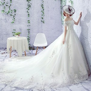 A-Line/Princess-Line Bateau Cathedral-Train Lace/Tulle Wedding Dress W1311064