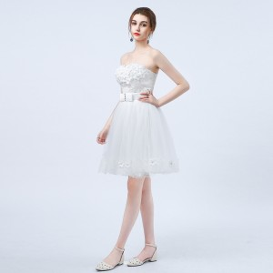 A-Line Strapless-Neck Knee-length Tulle Wedding Dress HDP2018532