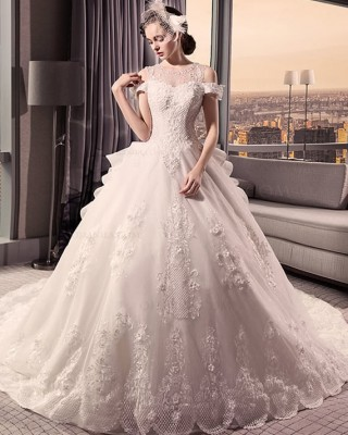 Empire-Line Jewel-Neck Royal-Train Lace/Tulle Wedding Dress